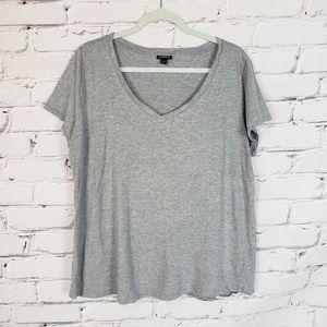 Torrid V Neck Gray Tshirt